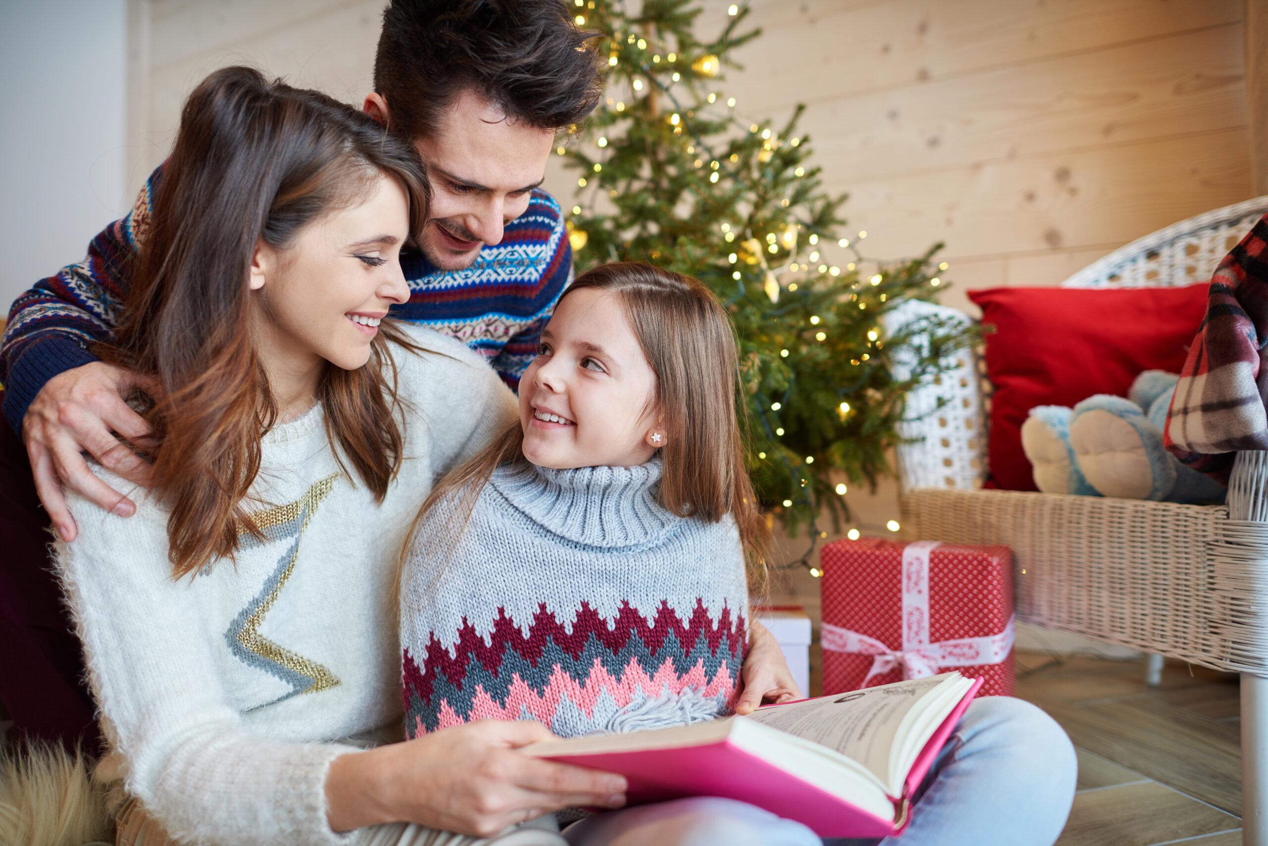 Obrazek wyróżniający - rodzina uśmiechnięta